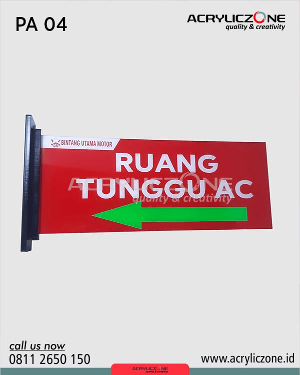 papan akrilik